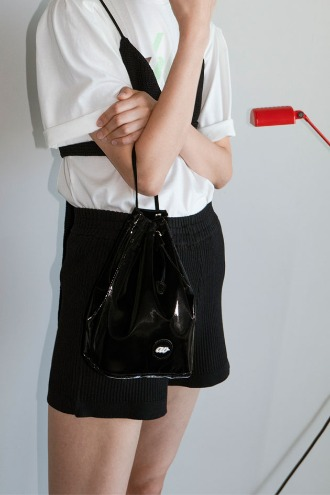 Brilly Bucket Bag_Black