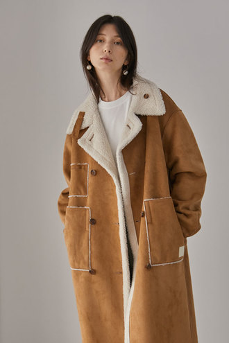 Blanche Reversible Long Shearing Coat_Camel